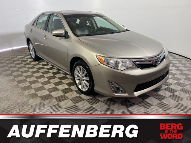 Pre-Owned 2013 Toyota Camry XLE